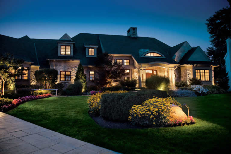 Security lights: 7 tips to secure your home