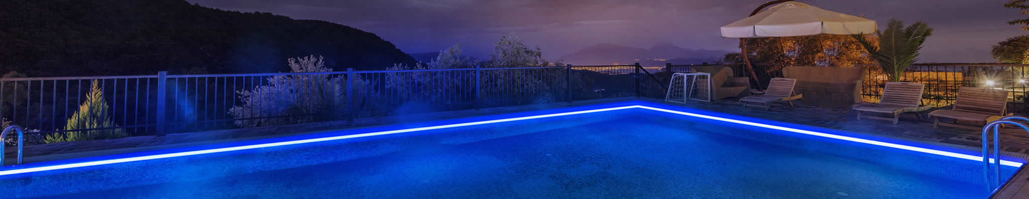 Let LED lighting fill your outdoor space with joie de vivre!